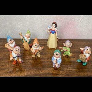 Disney Snow White & 7 Dwarfs Sri Lanka figurines